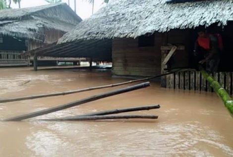 10 Died In Floods